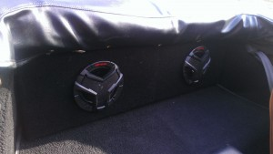 speakerrear2-800